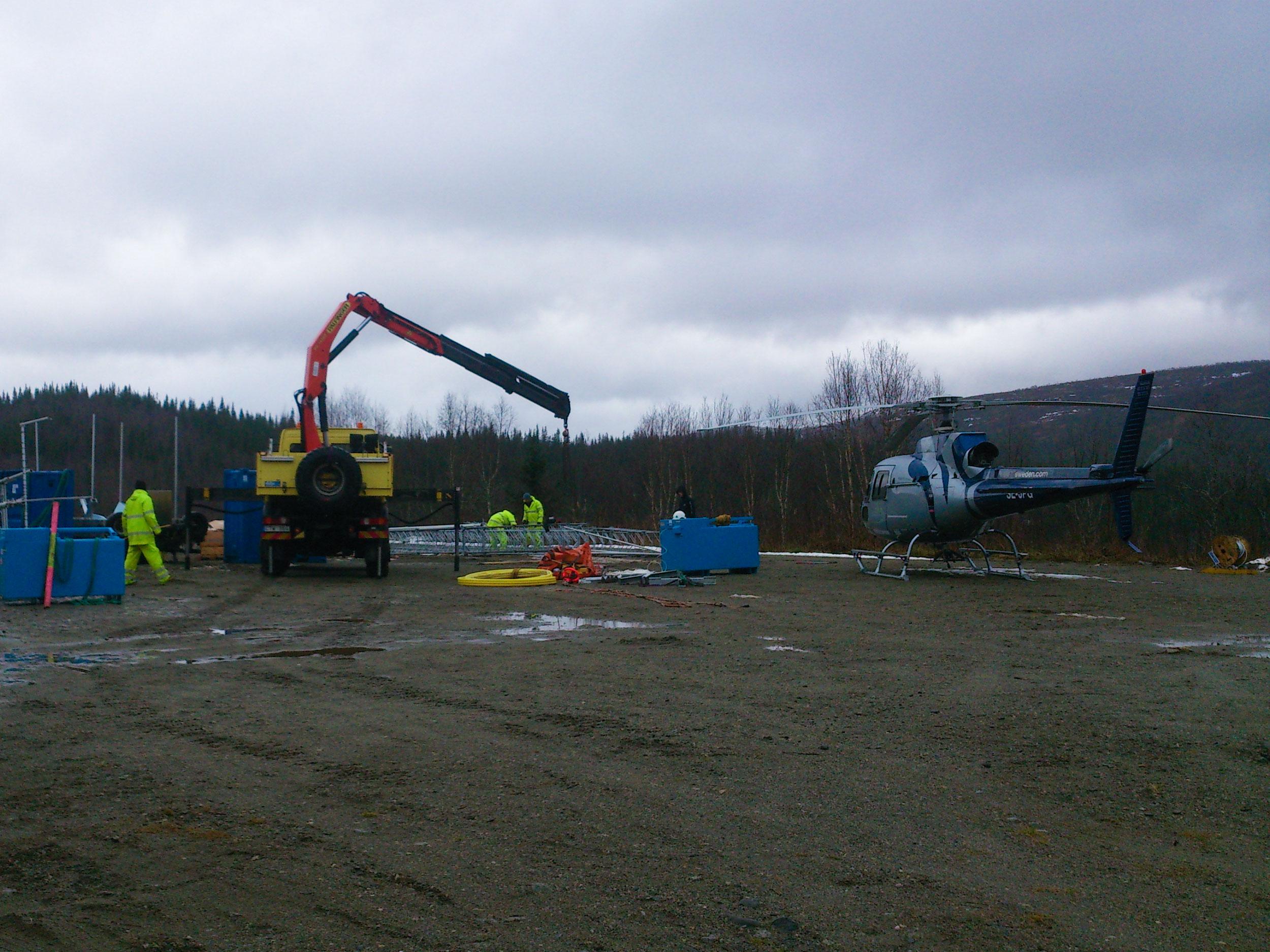 Tekniska resurser kranbil och helikopter